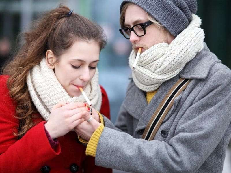 Smoking habits do not differ for teens with, without asthma
