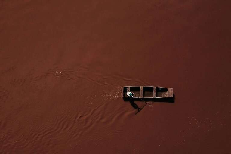 So contaminated is the tributary to the Sao Francisco River says fisherman Jose Geraldo dos Santos, that he has been advised to