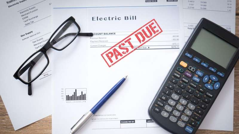 Steep energy bills can lead families into poverty, nationwide study shows