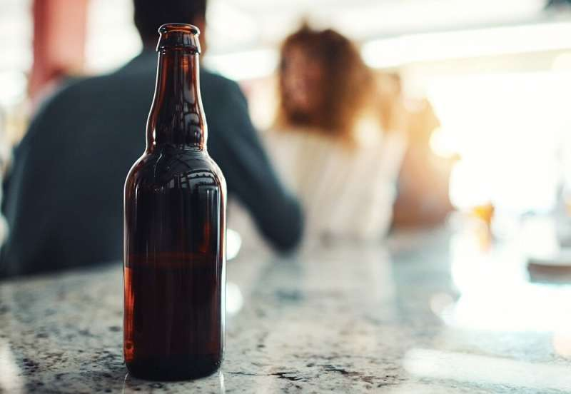 Study finds both men and women take a negative view of women who drink