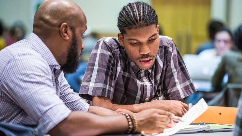 Study finds model for getting students to complete community college
