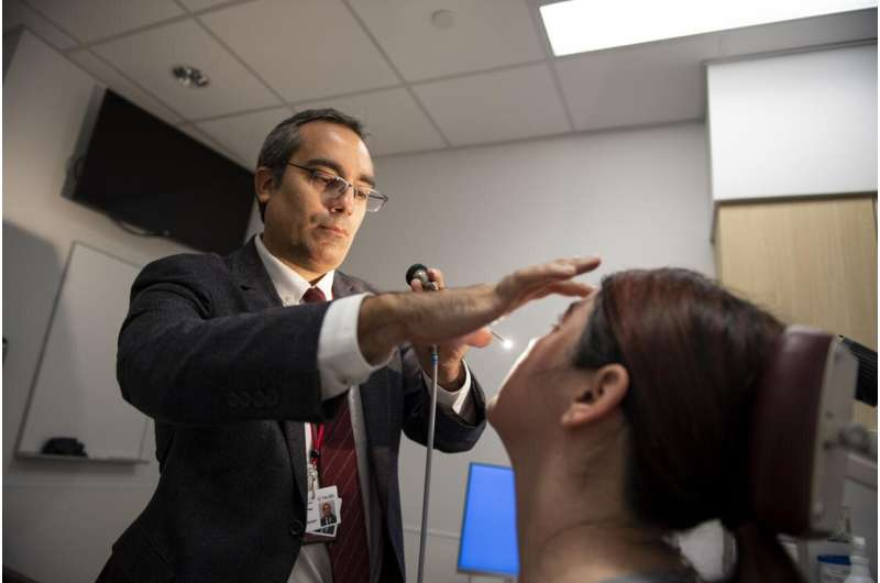 Study: Nonsurgical treatment options effective for sinus issues