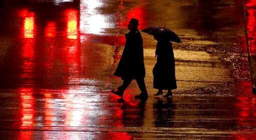 Study: US pedestrian deaths hit highest number since 1990
