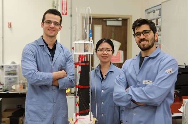 Taking a cue from spider webs, researchers capture fresh water with vapor capture system