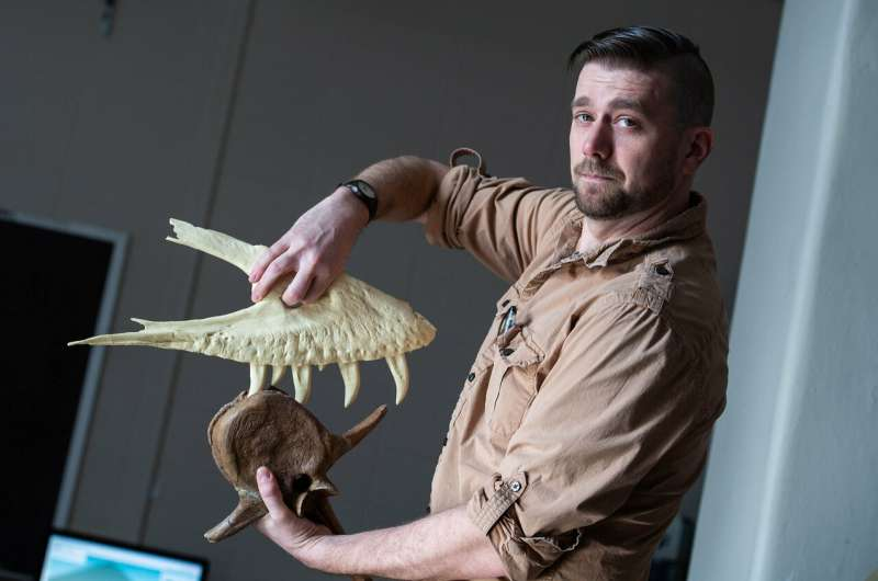 Teenage T. rex was already chomping on prey, new UW Oshkosh research shows
