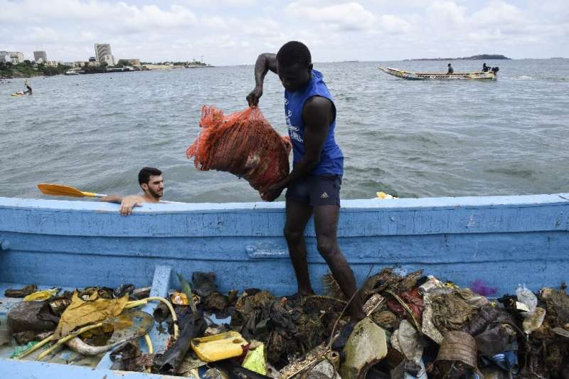 The cleanup netted 1.4 tonnes of rubbish—a welcome initiative but one that barely dents Senegal's plastic problem