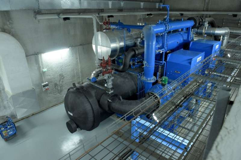 The system, operated by private firm Idex, uses geothermal energy to transform groundwater—which sits at a stable 15C all year r