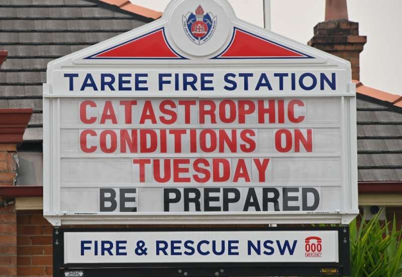 """The town of Taree, 350 kilometres north of Sydney, was readying for """"catastrophic"""" fire conditions"""