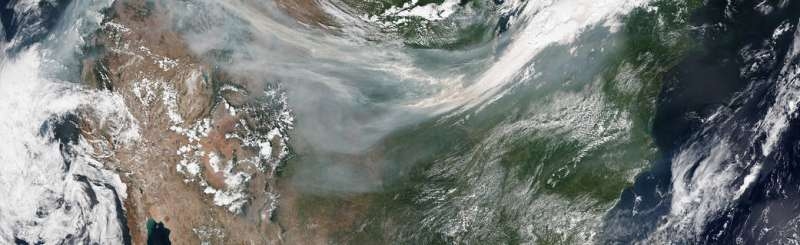 Tracking smoke from fires to improve air quality forecasting