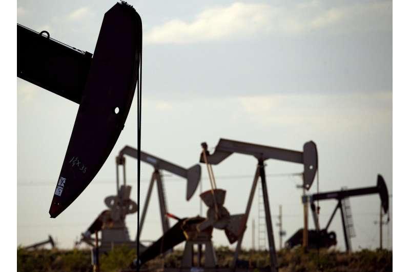 US calls for rescinding rules on oil industry methane leaks
