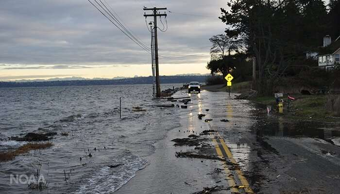 U.S. ties record for number of high tide flooding days in 2018
