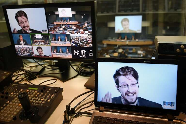 US whistleblower Edward Snowden used encrypted communications that Assange helped popularize