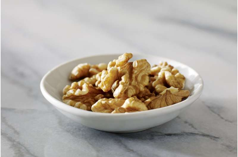Walnuts show protection against ulcerative colitis in early study