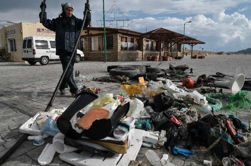 WWF has reported that Greece produces 700,000 tonnes of plastic per year, of which 11,500 tonnes end up in the sea