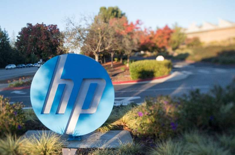 "Xerox said it would ask HP shareholders to approve its $33 billion takeover bid if the two firms fail to agree on a ""friend"