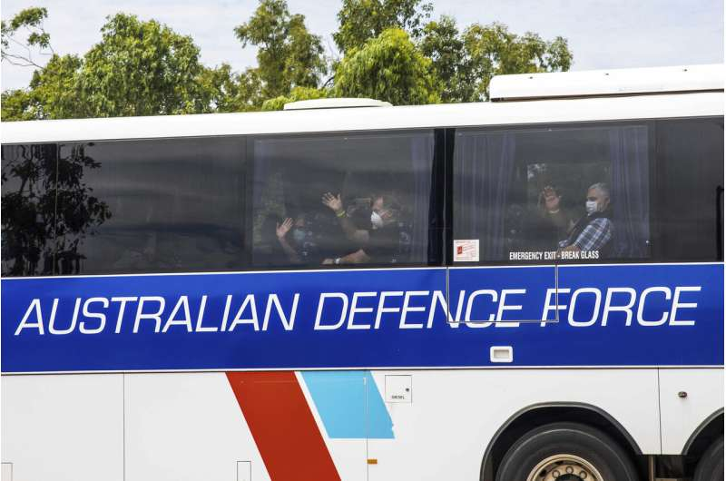 Australian evacuees from virus-hit ship begin 2nd quarantine