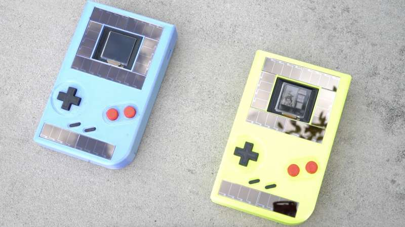 Battery-free Game Boy runs forever