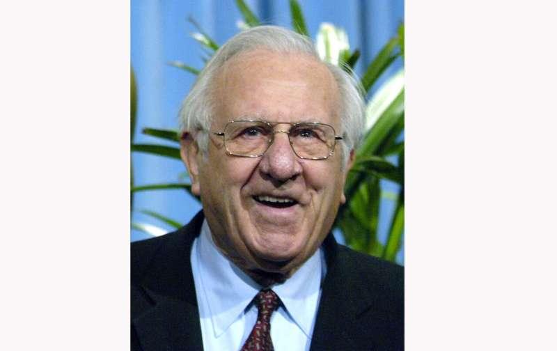 Computer pioneer Arnold Spielberg, Steven's dad, dies at 103