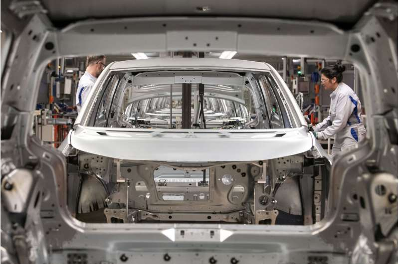 Europe's shift to electric cars picks up despite recession