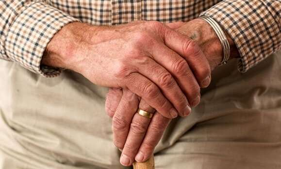 Mitigating the impacts of COVID‑19 in senior care homes