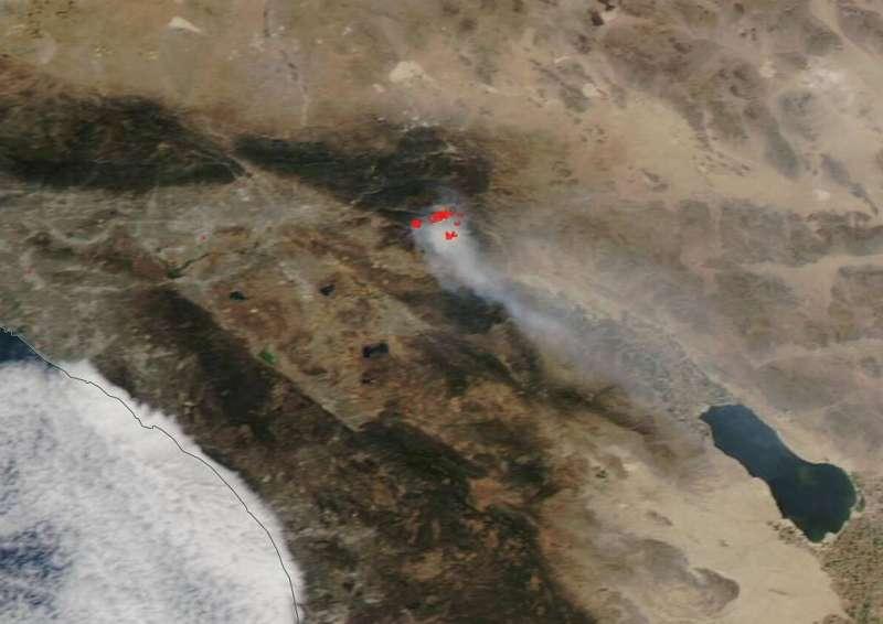 NASA's Aqua satellite shows two views of the Apple Fire