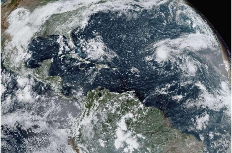 Q&A: La Nina may bring more Atlantic storms, western drought