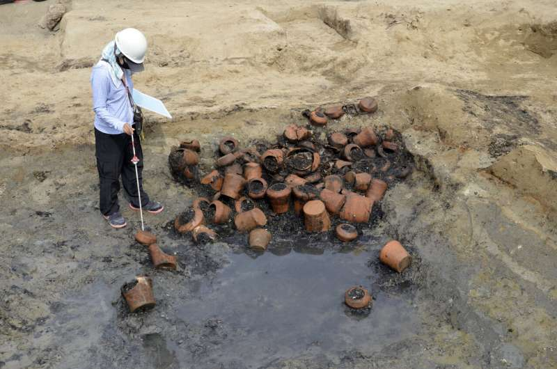 Remains dug from Japan mass grave suggest epidemic in 1800s