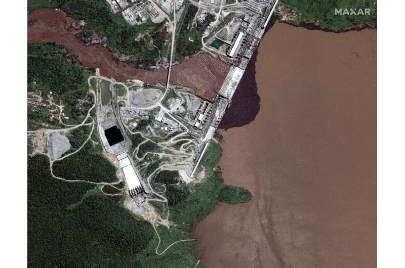 Satellite pictures this week showed water building up behind the dam (image by Maxar Technologies)