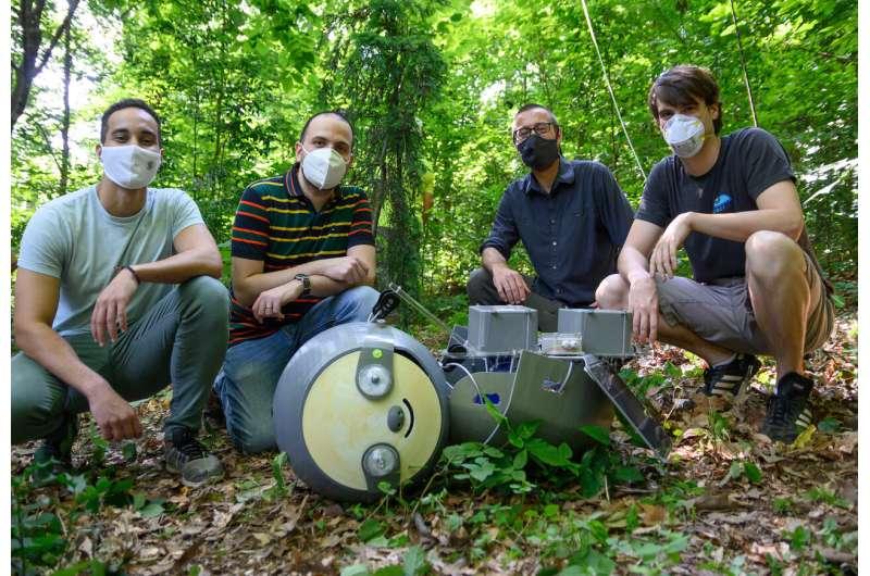 'SlothBot in the Garden' demonstrates hyper-efficient conservation robot