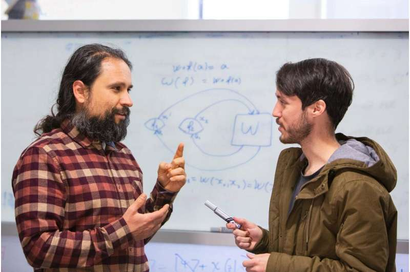 Young physicist 'squares the numbers' on time travel