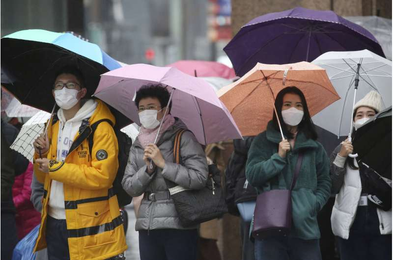 US, others prepare evacuations as virus spreads from China