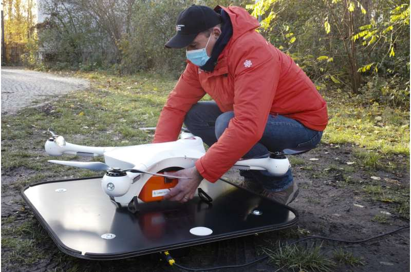 Drones to the rescue: Berlin lab seeks quicker virus tests