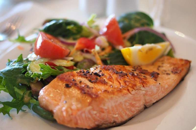 Quinn on Nutrition: What's the catch with seafood? thumbnail