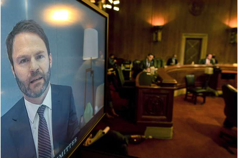 Google exec on hot seat  in Congress over advertising power