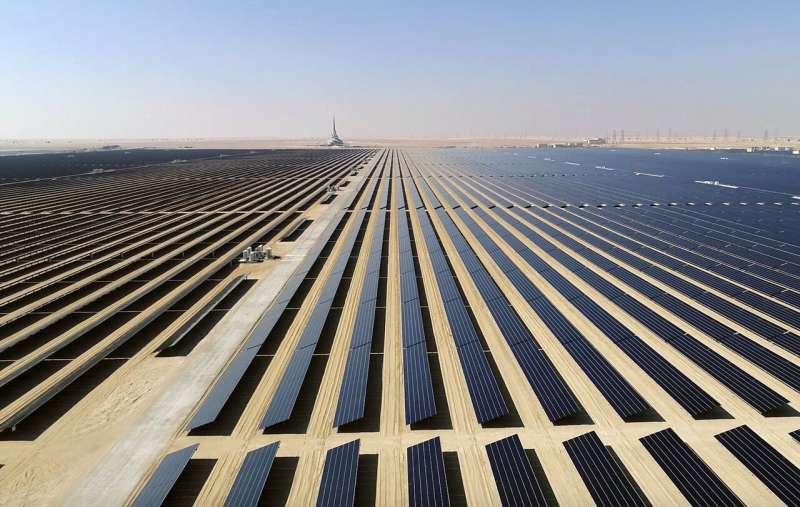 In Dubai, oil-rich UAE sees a new wonder: A coal power plant