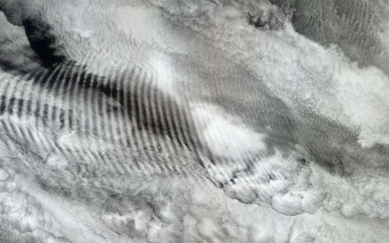 Waves in thin air with wide effects