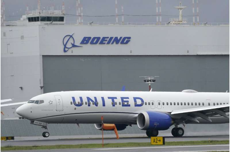Boeing suffers more canceled orders for its 737 Max plane