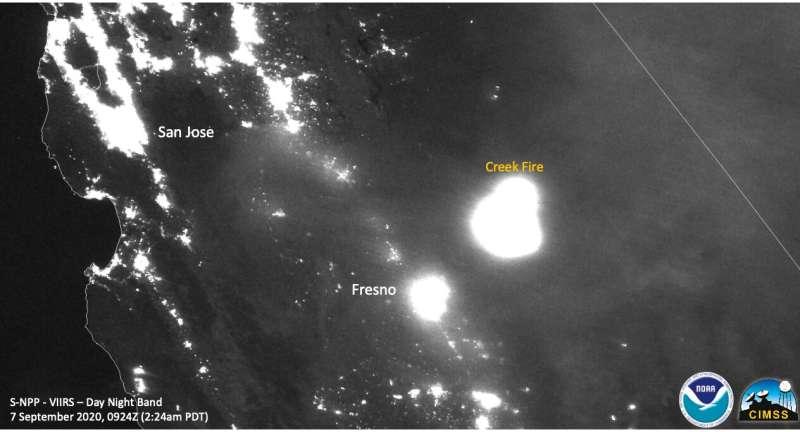 California's creek fire creates its own pyrocumulonimbus cloud