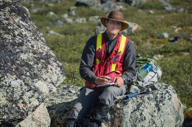 Geoscientists use zircon to trace origin of Earth's continents