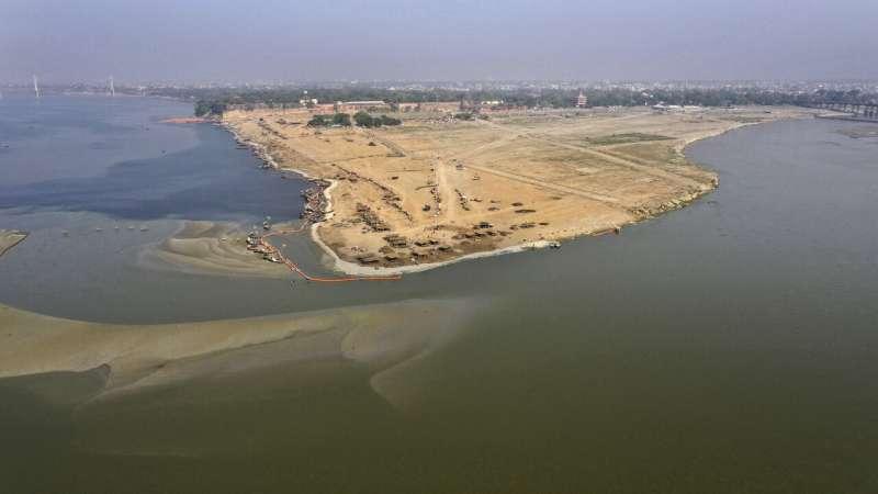 Lockdown reveals fresh air, cleaner rivers in India