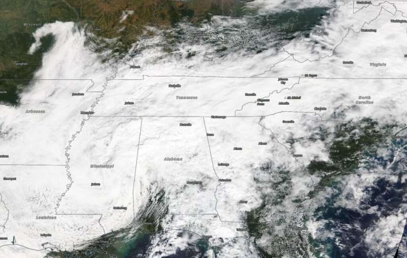 NASA finds post-tropical storm Beta's clouds blanketing the Southeastern