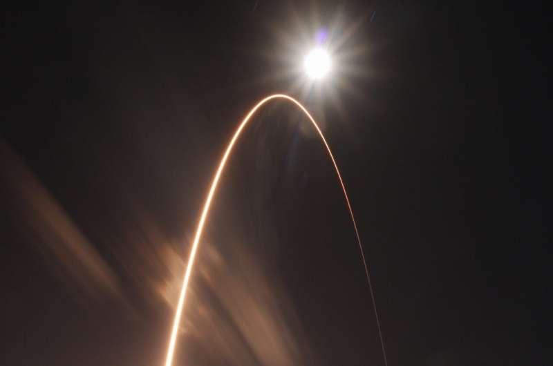 Solar Orbiter blasts off to capture 1st look at sun's poles
