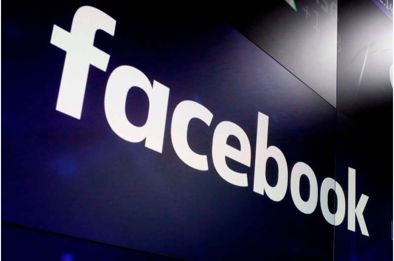 Tech giants report strong results, but murky outlooks