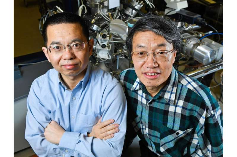 Scientists learn more about the first hours of a lithium-ion battery's life