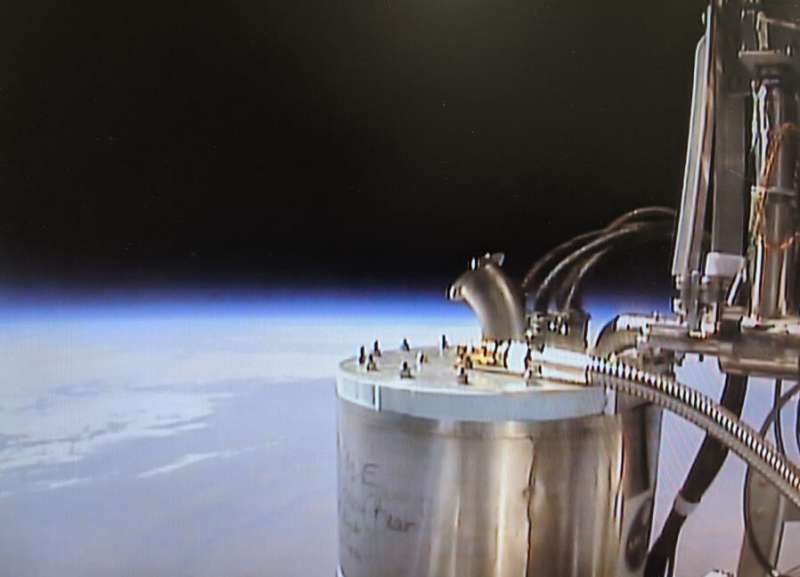 Scientists solve big limitation of stratospheric balloon payloads