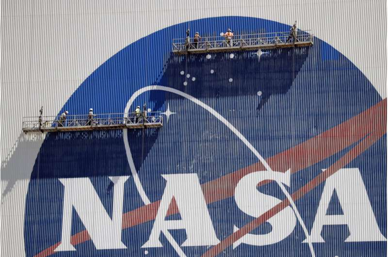 Astronauts arrive for NASA's 1st home launch in decade