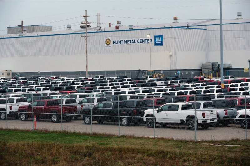 General Motors said it aims to reopen most US and Canadian manufacturing operations on May 18 as it reported a steep drop in fir