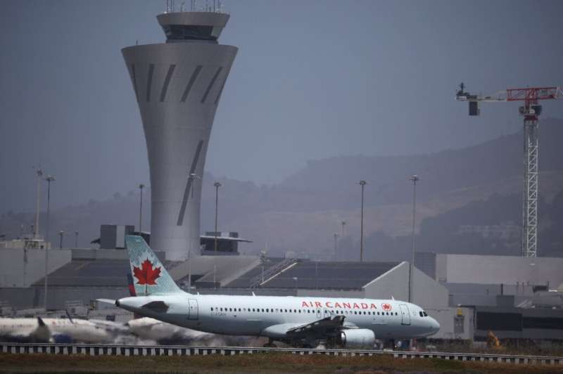 Air Canada is calling on Ottawa to roll back blanket travel restrictions