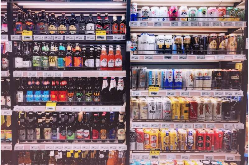 Alcohol ads lead to youth drinking, should be more regulated, experts say