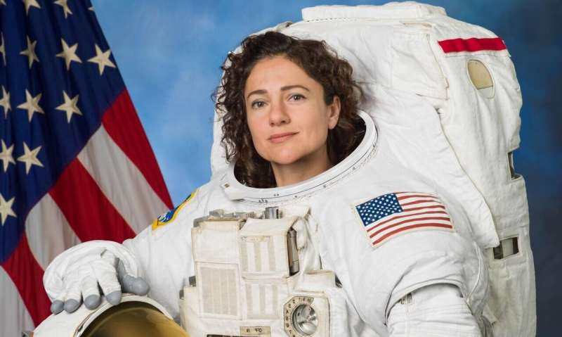 Astronaut conducts heart research on station with former colleague